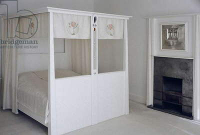 Furniture designed for No. 120 Mains Street, Glasgow, Four-poster bed, c.1900 (painted wood and enamel)
