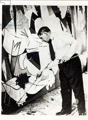 Pablo Picasso (1881-1973) painting 'Guernica', 1937 (b/w photo)