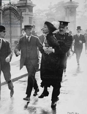 Emmeline Pankhurst (1857-1928) being arrested by Superintendent Rolfe while trying to present a petition to the King at Buckingham Palace, 21st May 1914, 1914 (b/w photo)