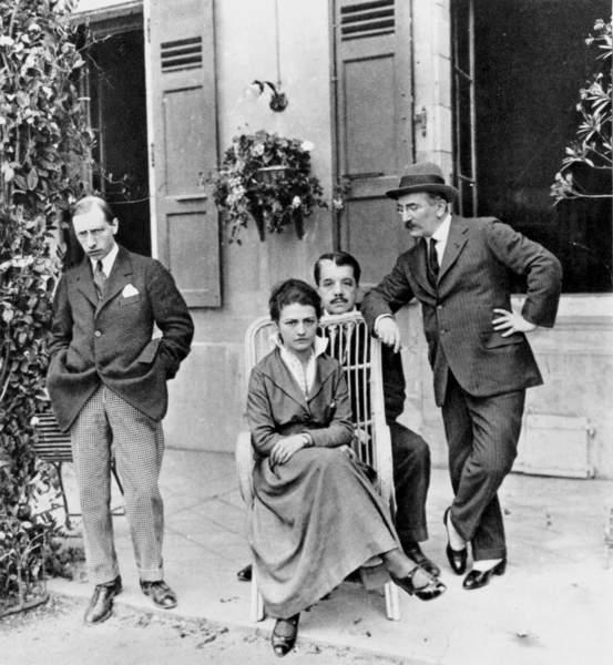 Image of Igor Stravinsky, Tamara Karsavina, Serge Diaghilev and Leon Bakst in Lausanne in 1915, © Bridgeman Images