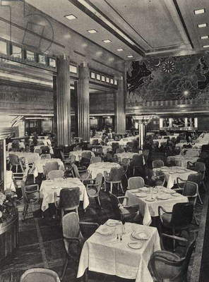 R.M.S. Queen Mary: main restaurant of the transatlantic Queen Mary