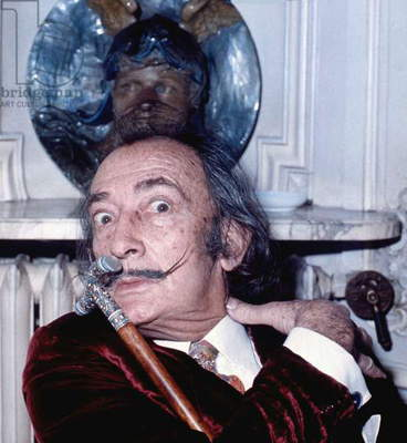 Salvador Dali at the Hôtel Meurice, Paris, 1972 (photo)