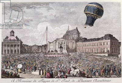 Experiment at Versailles of the Montgolfier brothers with the flight in a 'Montgolfiere' hot air balloon of a cock, a duck and a sheep on the 19th September 1783 (coloured engraving)