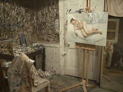 Interior of Lucian Freud's studio with 'Perienne Christian', 2011 (photo)