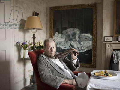 Lucian Freud with Francis Bacon's 'Two Figures' (1953), 2010 (photo)