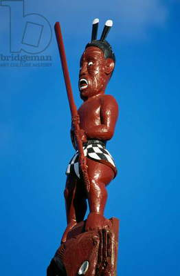 Maori warrior, wooden carving, Maori Meeting House, Ohinemutu village, Waitangi, Bay of Islands, New Zealand