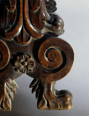 Neo-Mannerist style walnut chair, Italy, late 19th century, Detail