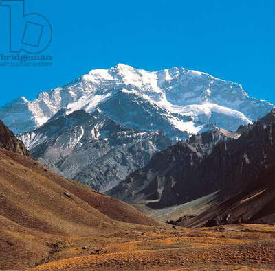 Aconcagua (6962 metres), highest peak of Andes and entire American continent, Aconcagua Provincial Park, Andes, Argentina (photo)