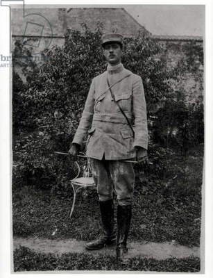 Captain Charles de Gaulle (1890-1970) 33rd Infantry Regiment, May 1916 (b/w photo)