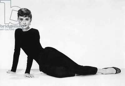 SABRINA, 1954 directed by BILLY WILDER Audrey Hepburn (b/w photo)