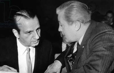 Melvin Belli confers with his client, Jack Ruby, prior to bail hearing. Ruby murdered John Kennedy's assassin Lee Harvey Oswald. Dallas, Tex. Dec. 23, 1963