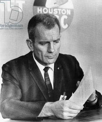 HOUSTON: MISSION CONTROL Astronaut Donald 'Deke' Slaton reads a telegram of condolence regarding the death of Soviet cosmonaut Vladimir Komarov, at the Manned Spacecraft Center in Houston, Texas, 1967.