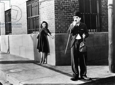 CHAPLIN: MODERN TIMES, 1936 Charlie Chaplin and Paulette Goddard in a scene from the film,