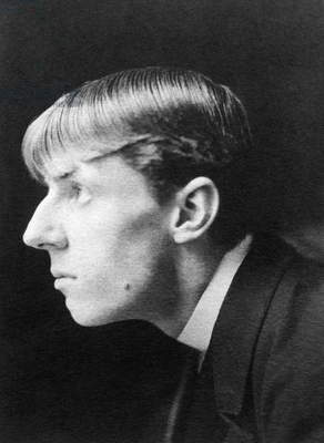 AUBREY VINCENT BEARDSLEY (1872-1898). English artist. Photographed in 1895 by Frederick Henry Evans.
