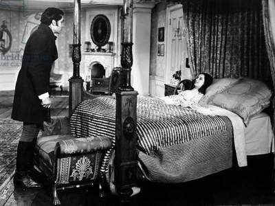 WUTHERING HEIGHTS, 1939 Laurence Olivier as Heathcliff and Merle Oberon as Cathy in a scene from the Samuel Goldwyn motion-picture production of 'Wuthering Heights,' 1939.
