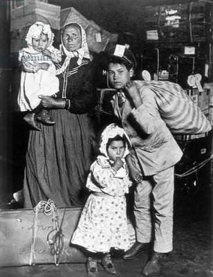 Immigrant Family, Ellis Island, New York, USA, c.1905 (b/w photo)