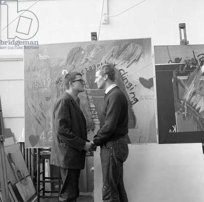 'The Meeting', the artists Derek Boshier and David Hockney posing at the Royal College of Art in 1962 (photo)