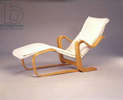 Isokon Long Chair, 1936-37 (birch plywood & canvas)