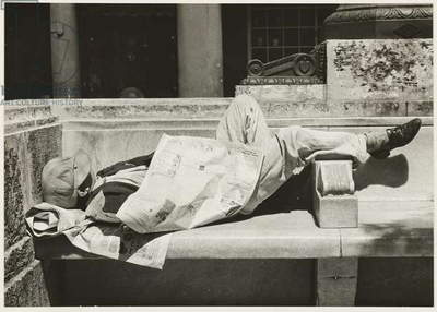 Vagrant in the Prado of Havana, c.1932 (gelatin silver print)