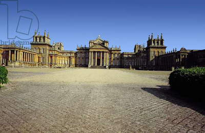 Blenheim Palace, Exterior view, built by John Vanbrugh,(1664-1726) & Nicholas Hawksmoor,(1661-1736) between 1705 and 1722, Oxfordshire, UK (photo)