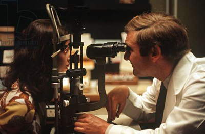 Doctor examining a patient In Moorfields Eye Hospital, London, 1972 (photo)