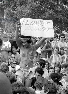 Hippies gather in Hyde Park for a peace festival at Speakers' Corner to say that marijuana should be legalised, July 1967 (b/w photo)