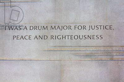 Controversial paraphrased quote on the Martin Luther King Jr Memorial (photo)
