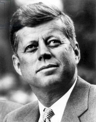 USA: John Fitzgerald 'Jack' Kennedy (1917 -1963) was the 35th President of the United States, serving from 1961 until his assassination in 1963. Official White House photographic portrait, February 20, 1961