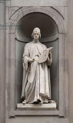 Italy: Leon Battista Alberti (1404-1472), Italian artist, architect, cryptographer, linguist, philosopher and writer. 19th century statue outside the Uffizi Gallery, Florence, Italy. Sculpted by Giovanni Lusini