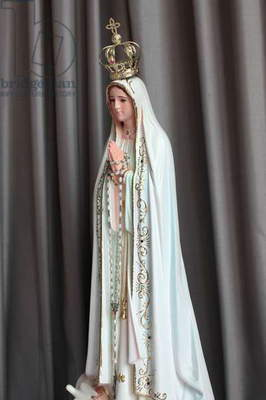 Statue of our Lady of Fatima (photo),