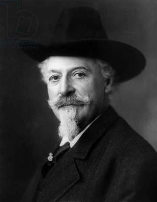 William Frederick Cody said Buffalo Bill (1846-1917) american pionneer famous for his dexterity in shooting directed an equestrian circus, 1911