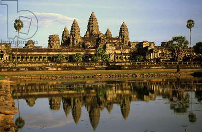 Angkor Wat Temple, Cambodia (photo)