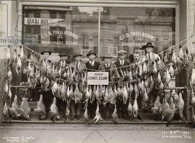 Result of a duck shoot near Houston, Texas, USA, 1921 (b/w photo)