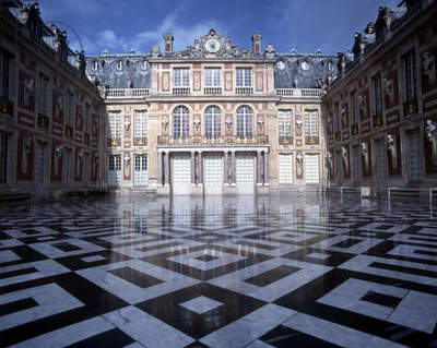 The Marble Court of the Palace of Versailles, France (photo)