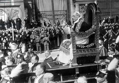 Pope Pius XII. on his throne, 1939 (b/w photo)