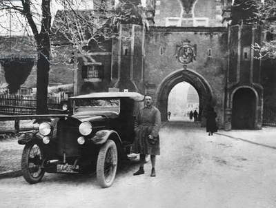 Adolf Hitler outside the Landsberg city gates after his release from Landsberg prison, where he wrote 'Mein Kampf', 20th December 1924 (b/w photo)