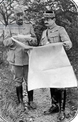 French officer general Mangin preparing the capture of fort Douaumont during Verdun Battle october 24, 1916