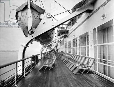 Deck of liner Normandy of the Transatlantic Company c. 1935
