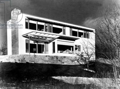 House in Framingham (Massachussetts) built by Walter Gropius in 1941 (Bauhaus style)