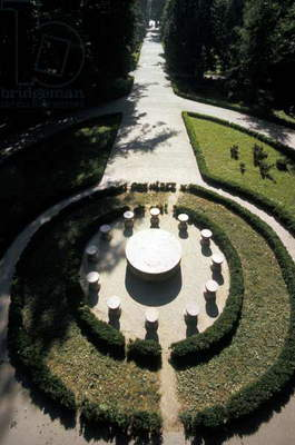 Aerial view of 'Table of Silence' by Constantin Brancusi, Târgu Jiu, Romania (photo)