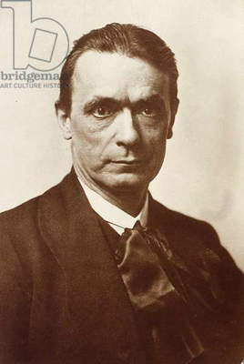 Portrait of the philosopher and esotericist Rudolf Steiner (b/w photo)