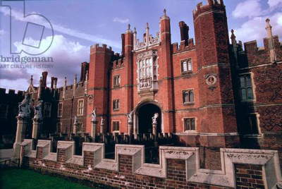 Hampton Court Palace (1515-1521), Middlesex, UK (photo)