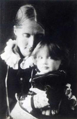 Virginia Woolf, with her mother Julia, 1884 (b/w photo)