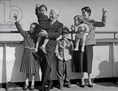 Charlie Chaplin With his Family on September 22, 1952 on Liner