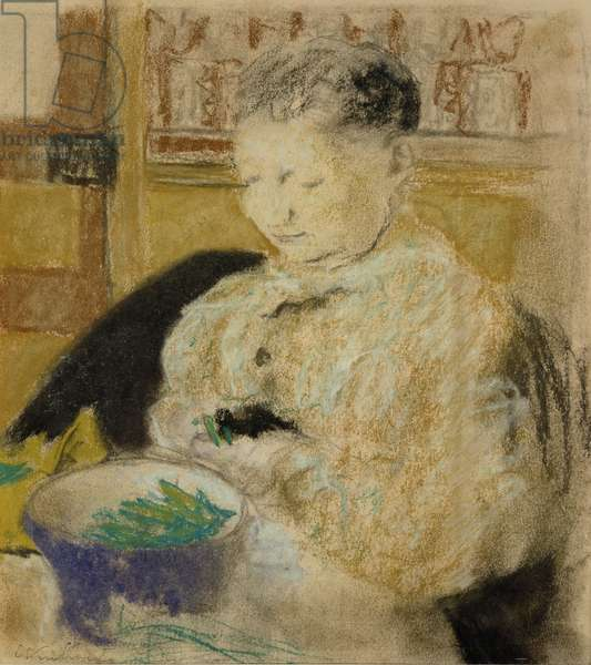 Madame Vuillard Podding Peas, 1905 (pastel on paper)