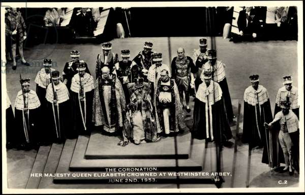 Ak The Coronation, Queen Elizabeth II, Westminster Abbey, 1953  (b/w photo)