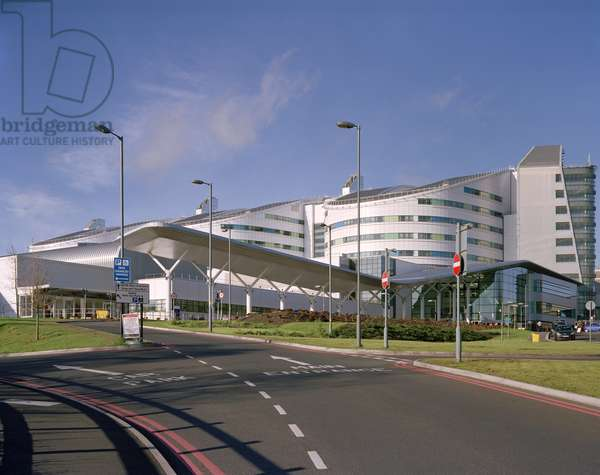 Queen Elizabeth Hospital Birmingham (photo)