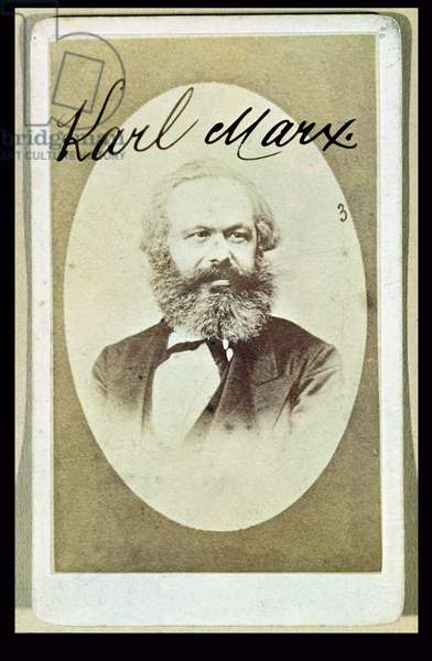 Photographic visiting card of Karl Marx (1818-93) with his signature (photo)