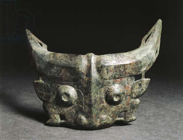Ritual mask depicting Taotie, China, Western Zhou Dynasty, 11th-8th century BC