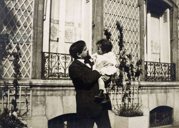Claude Debussy (1862-1918) with his daughter Claude-Emma, known as Chou-Chou (1908-1919)
